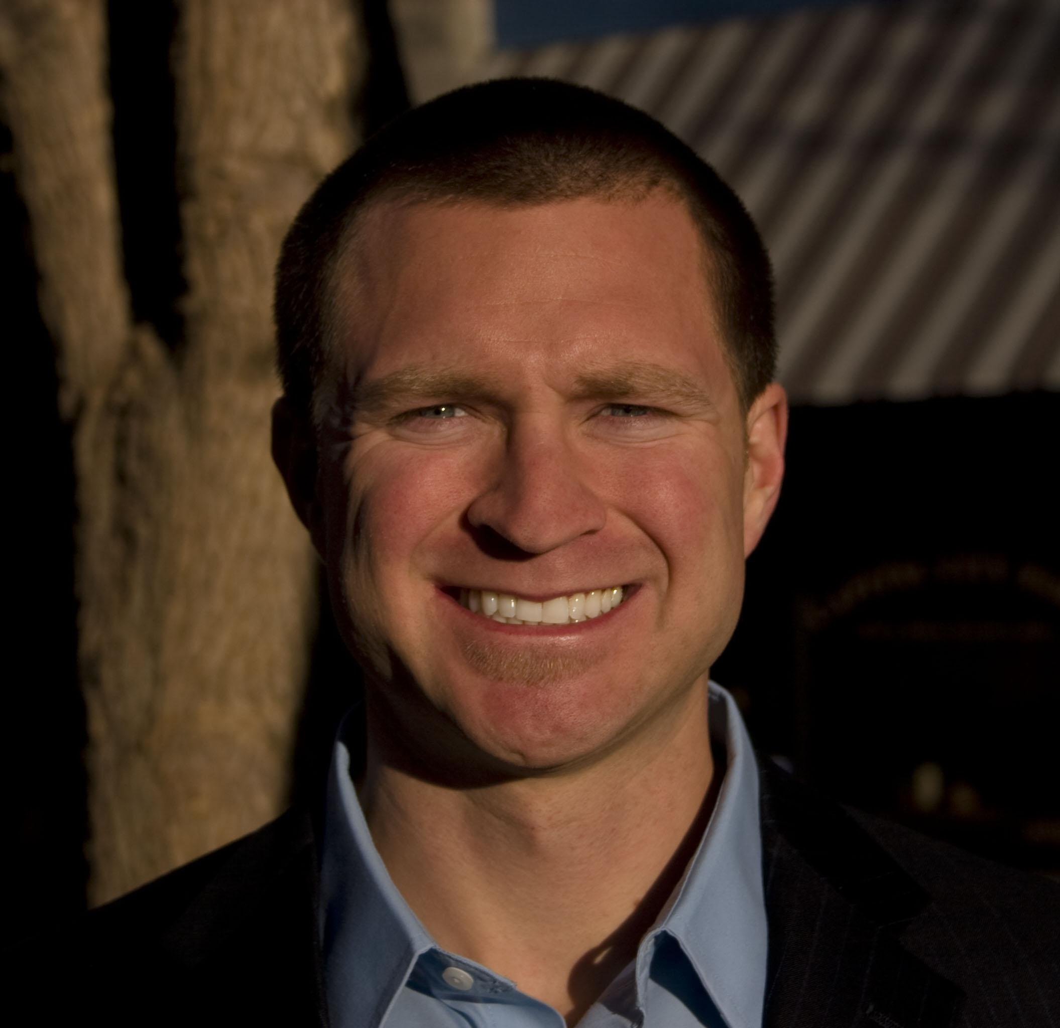 Hans Sevalstad, Sales Associate